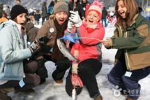 首爾米其林&華川冰魚滑雪5天